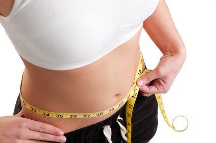 Flacher Bauch: Wie du dein Bauchfett endlich besiegst